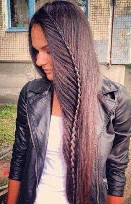 #CoachellaInBrightStyle Feather hair braid. Simply gorgeous!