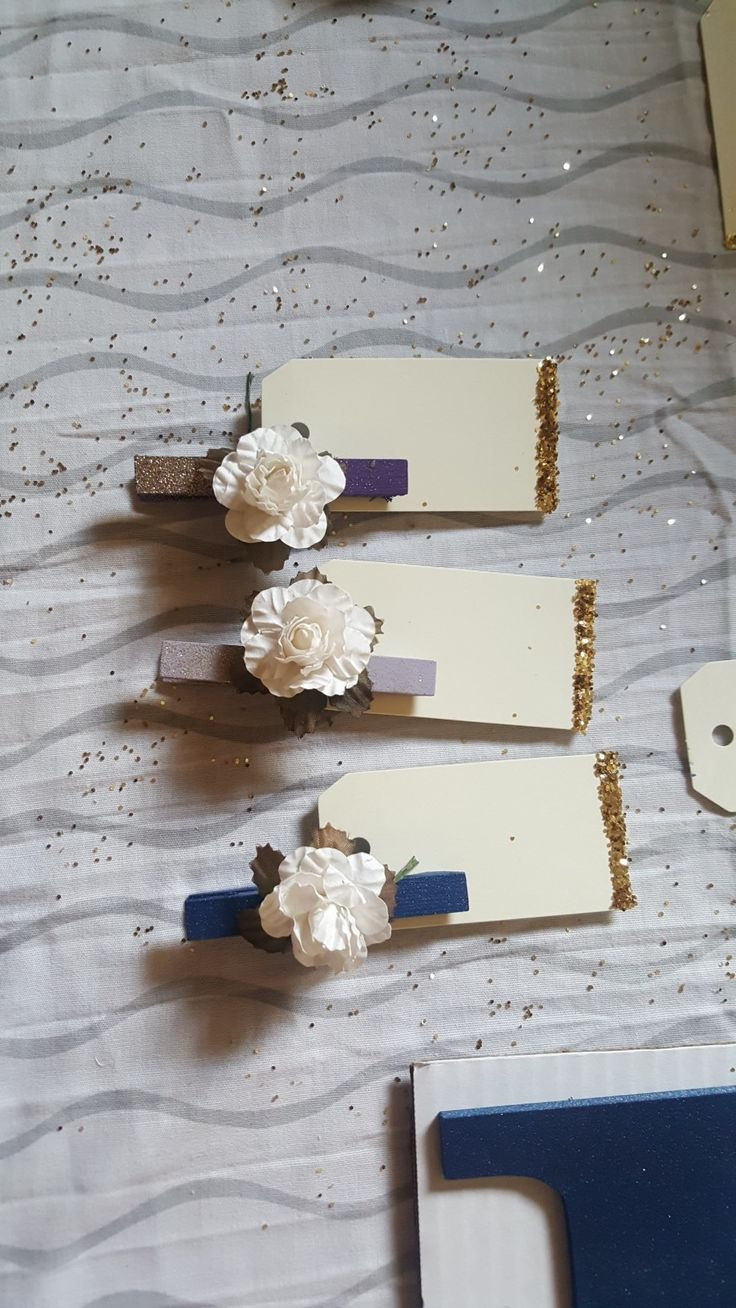 Clothespin wedding placemats namecard purple flower glitter navy lavender