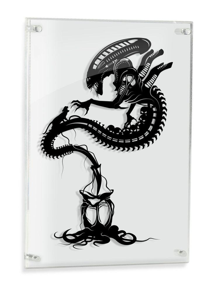 Xenomorph Alien paper craft // silhouette handcut by willpigg