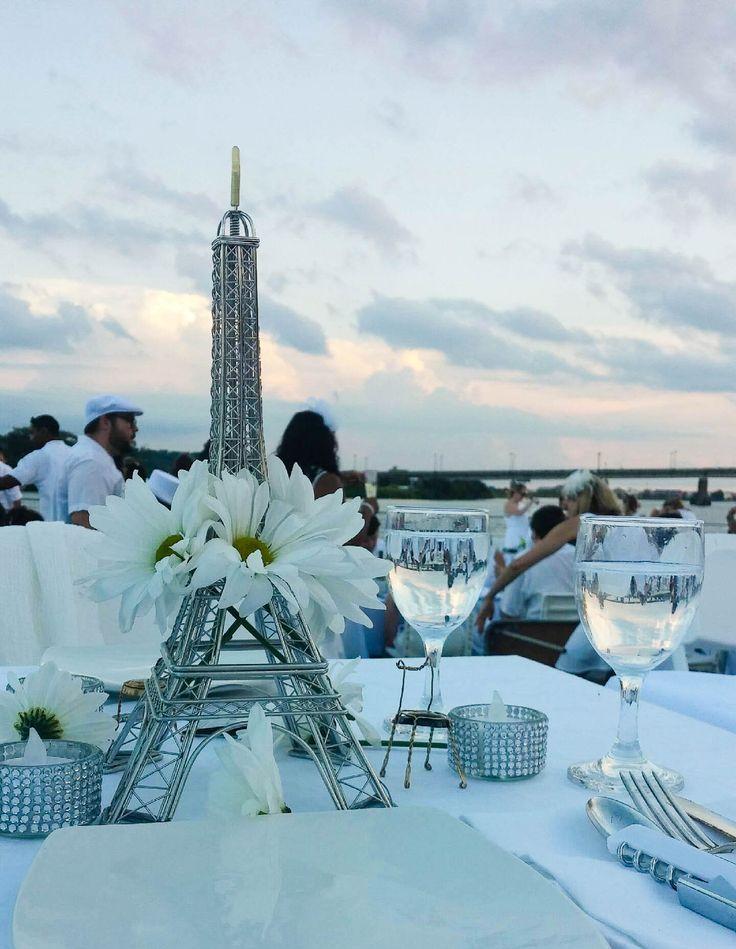 Diner en Blanc Dallas- with a flair of Paris.