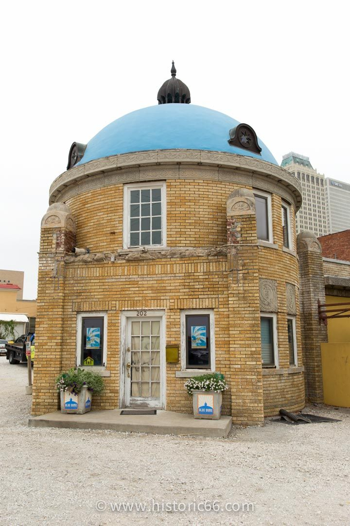 Tulsa, OK - 2014 : The Blue Dome was built in 1924 and served as a Gulf Oil gas station.