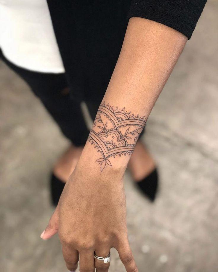 40 Tattoos für Frauen aller Altersstufen – Michelle Heininger