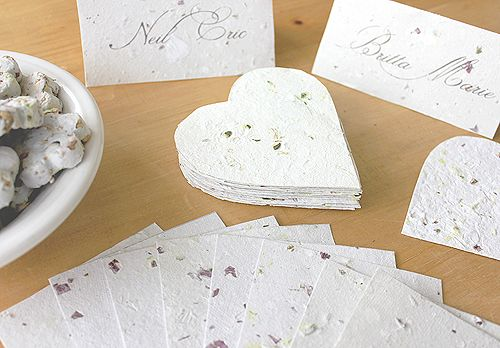How to make your own paper. This looks very easy, and you can do it with stuff you already have in your house right now!