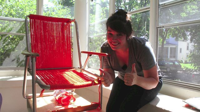 Tutorial : Macrame Chair by Alison Allen. Video Tutorial: How to weave a macrame lawn chair.  For more info visit my blog, www.deucecitieshenhouse.com
