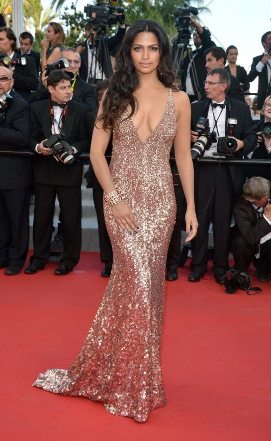 Cannes 2012 - Camila Alves - Day 9 (montée des marches The Paperboy)