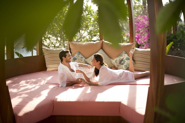 Bali Romance Hotel Package - Whether it's a celebration of new love or an opportunity to rekindle the romance, escape to AYANA for unique experiences you will forever cherish, such as immersing yourselves in the healing powers of thalassotherapy, and indulging in breakfast in bed – just because you can!