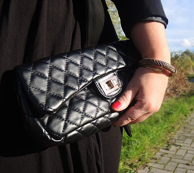 #Whole #outfit #sheego #Long #langblazer #longblazer #nieten #studded #kleine #schwarze #lbd #Blazer #Dress #Hat #Bag #Heels #hut #gold #curvy #curve #girl #women #woman #fat #big #fashion #mode #blog #life #lifestyle #plus #size #plussize #Übergrößen #dick #frau #frauen #kurven #kurvig #inbetweener #inbetweenie #inbetween #fatshion #plussize #Xmas #Style #Christmas #Weihnacht #Outfit #perfect