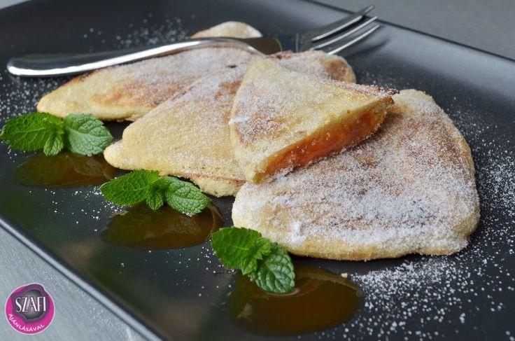 Lekváros háromszög (paleo)     Gluténmentes, tejmentes, light paleo édesség recept sütő és mikró nélkül Az egész adag (4 háromszög) csak: 205 FORINT (házi lekvárral és házi tojással még kevesebb :)). 1 darab tápértéke: 57 kcal, fehérje: 2,8 g, ch: 4,3 g, zsír: 3,26 g (Ha nem lekvárral készítj