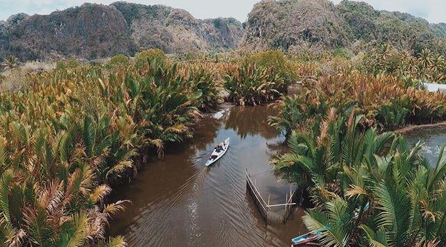 Ini waktu aku lagi di #Makassar! Hmmm... udah mau #liburan panjang, aku jadi pengen kesana lagi dan explore tempat-tempat indah di Makassar. Ayo... liburan panjang di awal Mei pada kemana nih? Eh pas gw lg cari hotel hari ini, gw nemu #hotelfair @misteraladin! Wahhh... semua hotel di Indonesia dan di wilayah #Asia discount hingga 75% off dan bisa dapet Rp200 ribu cashback. Seru kan?! Yuk, buruan ke #MisterAladin, promo nya cuman smp 1 Mei 2016 loh! Jangan sampai ketinggalan ya... it's very…