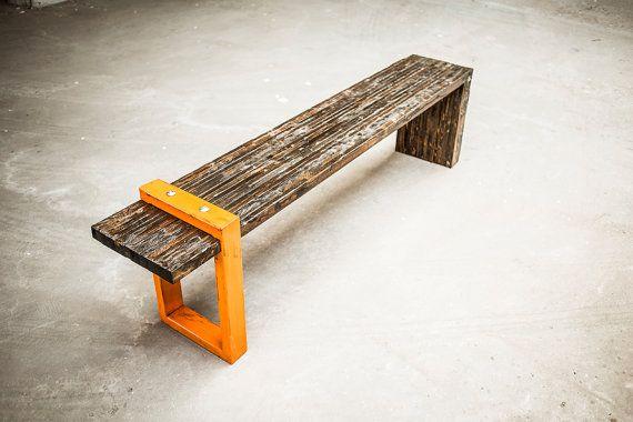 Diese stabile Bank ist aus geretteten Holz und schweren Stahl gefertigt. Sie können benutzerdefinierte werden kundenspezifisch konfektioniert in beliebiger Größe oder Farbe. Die Bank, die hier abgebildet ist 50 lang, 18 hoch und tief 13 Sonderanfertigungen, passende Größe oder Farbe bestellen