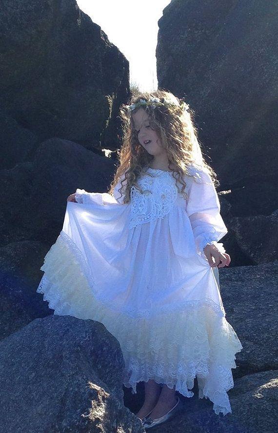 Vitage  White Ivory embellished lace Tea Length by Babybonbons