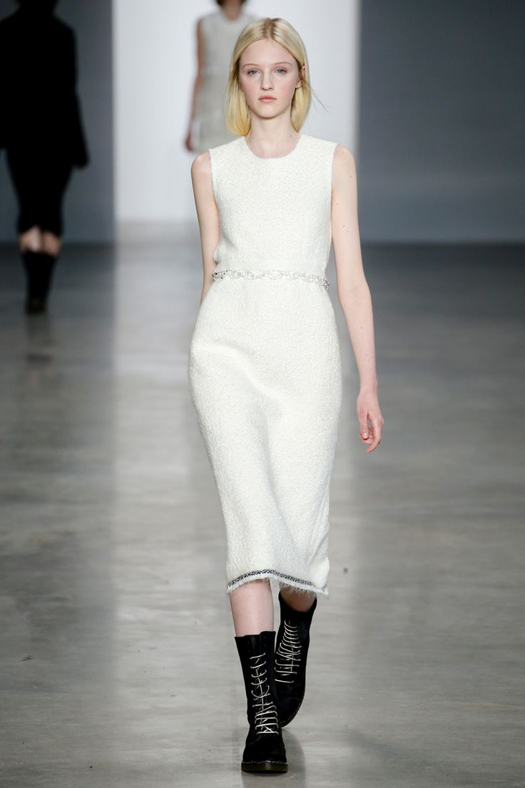Calvin Klein Collection Fall 2014 RTW - Runway Photos - Fashion Week - Runway, Fashion Shows and Collections - Vogue