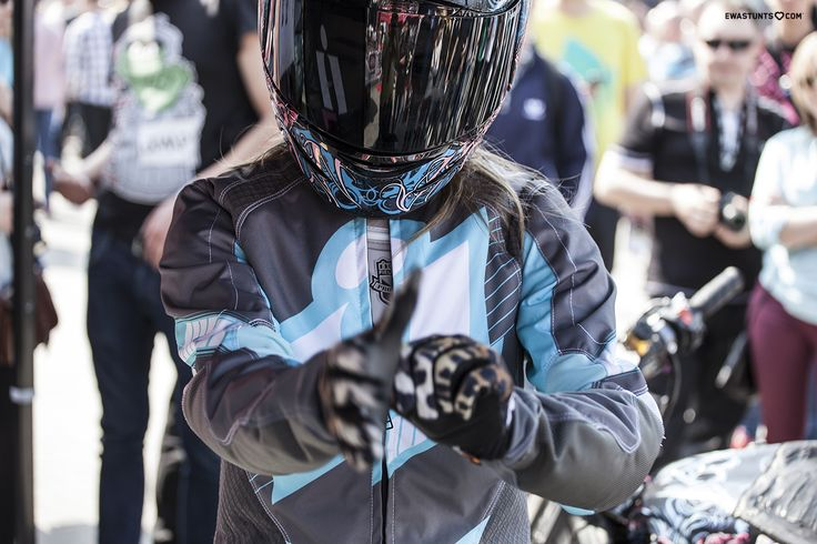 Getting ready for a ride at the MotorShow! #rideamongus #rideicon #iconmotosports #iconairmadasugar #teamicon #ewastunts #stuntgirl #femalerider #stuntshow #motorcycle