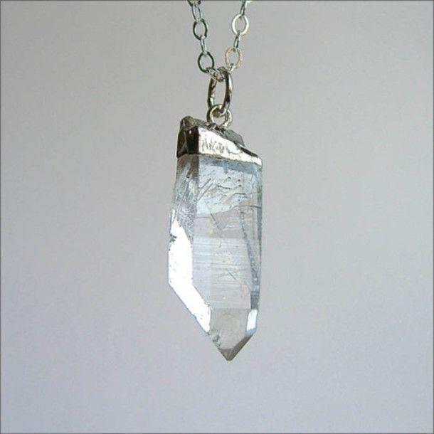ibzs4u-l-610x610-necklace-quarts-clear-quartz-raw+stone-birthstone-jewels-pendant-crystal-crystal+point-boho-bohemian-hippie.jpg (610×610)
