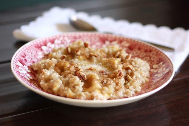 Barefeet In The Kitchen: Apple Cinnamon Oatmeal