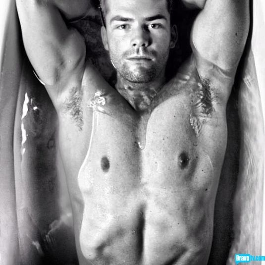 Rub a dub dub, we would not mind being in that tub with Million Dollar Listing New York's Ryan Serhant.