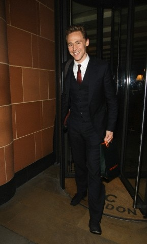 Tom Hiddleston enjoys a dinner at C restaurant in Mayfair with female friend in London, UK on Dec 11, 2012 .. by torrilla | tumblr