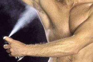 Sprays helfen gegen Schwitzen, speziell mit Aluminiumchlorid. 72 Stunden sind allerdings eher Wunschdenken.