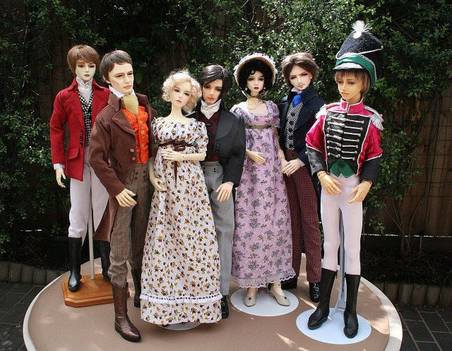 Jane Austen character dolls (BJD so they must be huge) - but so beautiful!