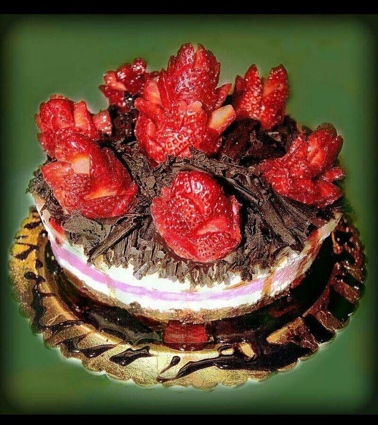 Cheesecake fragole e cioccolato fondente