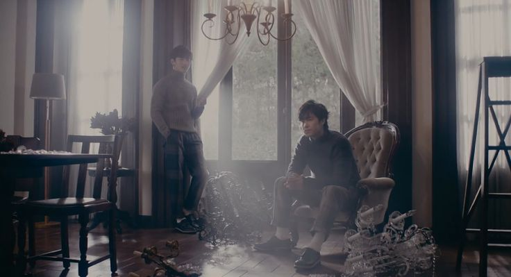 TVXQ Preview Upcoming Japanese Album With Dreamy 'Chandelier' Music Video http://www.kpopstarz.com/articles/142007/20141126/tvxq-preview-upcoming-japanese-album-with-dreamy-chandelier-music-video.htm