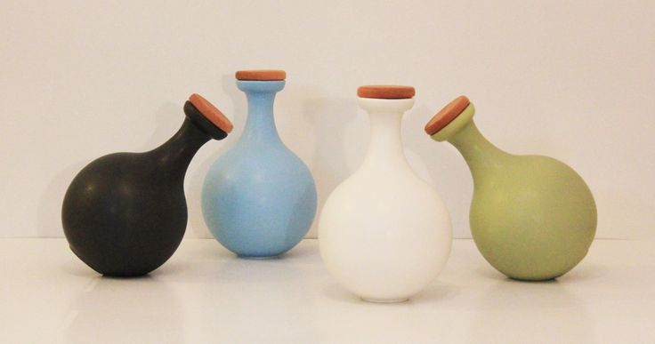 Amhpora Antlia -  #stoneware #Decanter / #Bottles #product #industrial #design  Two Mounting Positions  Colours : White,Black,Olive, and Turguoise