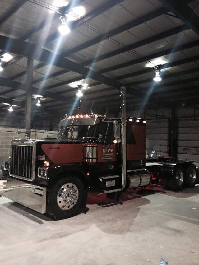 139 best gmc chevrolet big trucks images on pinterest biggest truck chevrolet and classic trucks. Black Bedroom Furniture Sets. Home Design Ideas