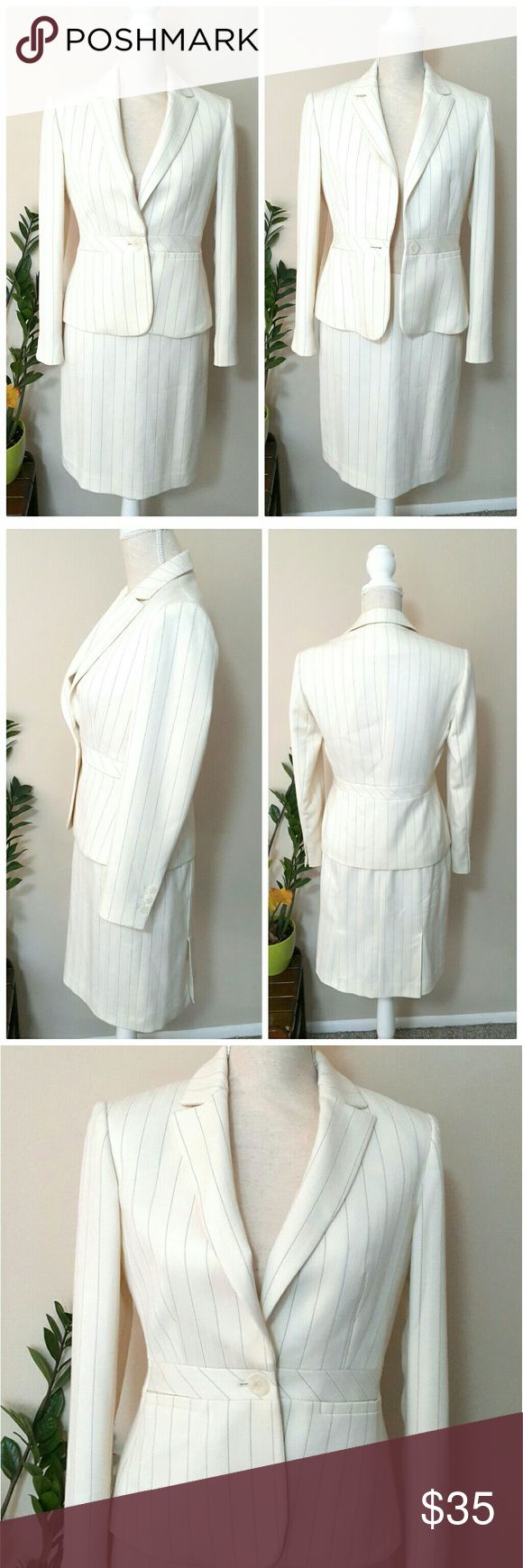 "Jones New York 2 Pc White Suit Blazer & Skirt Elegant Women's 2-Piece Modern Fit Suit Set from Jones New York Suit Petite in Off White Color and Striped Pattern, Size 4P. Pre-owned and in great shape and condition. Very fine looking suit set that's perfect for interview or important meeting. Price includes both blazer and skirt (fully lined).  Retail $159.  ℹ Blazer measurements: Laid flat, pit to pit 17"" / shoulders 15"" sleeve 22.5"" / length 23"" shoulder to hem  ℹ Skirt measurements: Laid…"