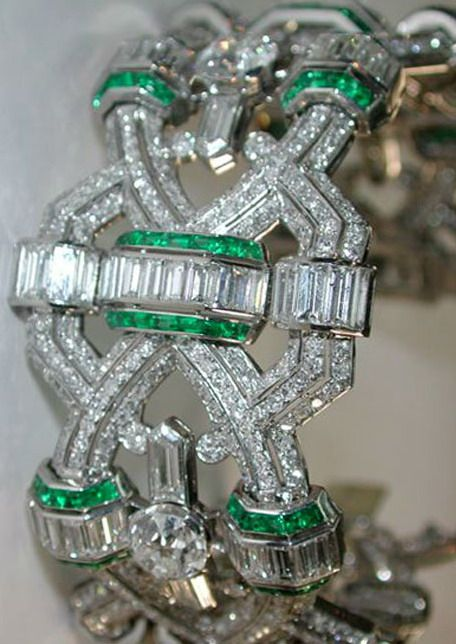 Deco Emerald and Diamond Bracelet