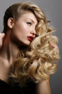 loose curl hair styles 78 ideas about curls hairstyles on 3771 | 25fc834dbdad2d8f9706416dc7e5dfae