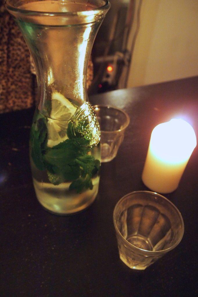 Mana Mana Amsterdam, een van de lievelingsrestaurants van De Groene Meisjes. Fantastisch vegan eten voor een fijne prijs.