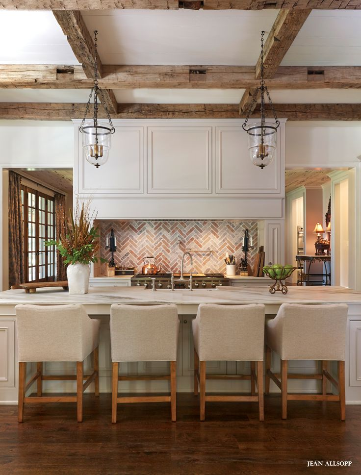Open #kitchen with brick and rustic beams. #design