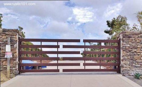 Original portón minimalista                                                                                                                                                                                 Más