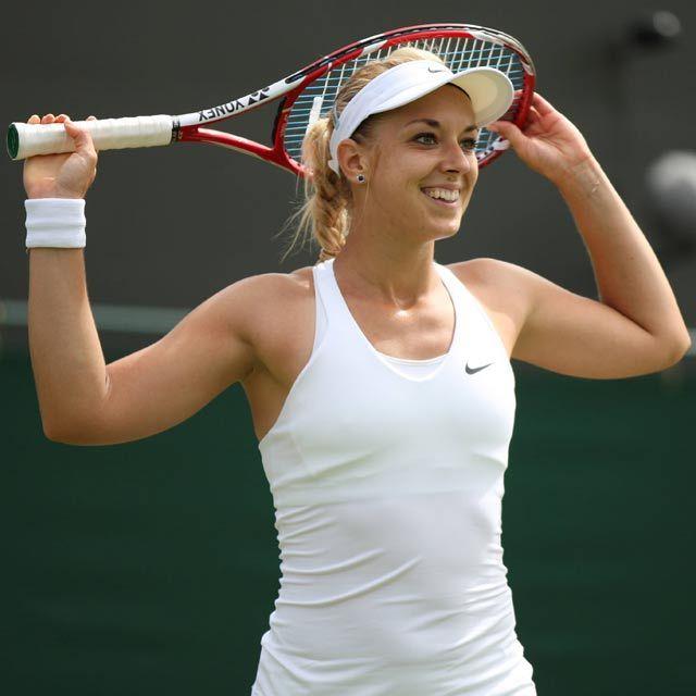 Sabine Lisicki hat beim Grand-Slam-Turnier in Wimbledon das Achtelfinale erreicht.