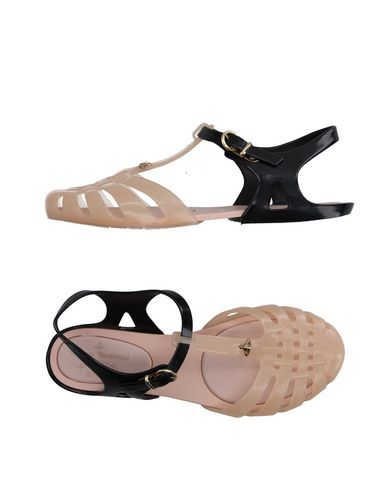VIVIENNE WESTWOOD ANGLOMANIA Sandals. #viviennewestwoodanglomania #shoes #凉鞋