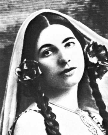 Mata Hari | biography - Dutch dancer and spy | Encyclopedia Britannica