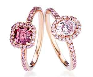 Rose gold pink diamond ring! I don't like diamonds I find them to be very dull, but this one is colorful. Very Elegant! YUHHH!!