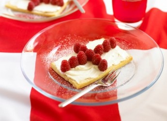 Rooney's raspberry shortbread - Recipe