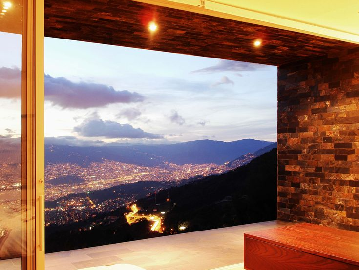 Architects: Jaime Rendon Arquitectos  Location: Medellín, Colombia