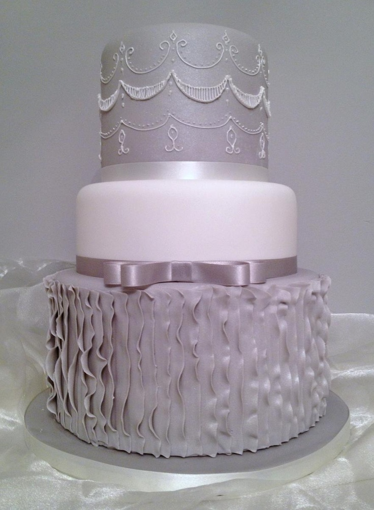 how to make ruffle wedding cake 17 best images about fondant ruffle cakes on 15989