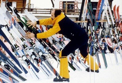 Franse woorden die je veel hoort tijdens de wintersportvakantie. Bij de skiles. In de skilift. Onder aan de piste. Geestig om te lezen en goed om te weten!