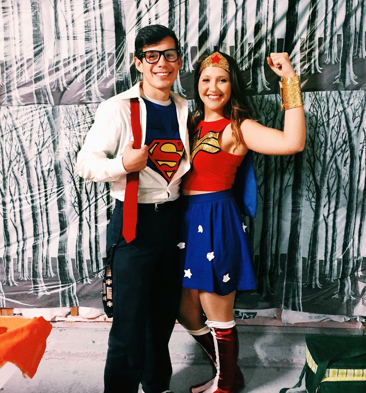 Wonder Woman and superman Halloween couples costume