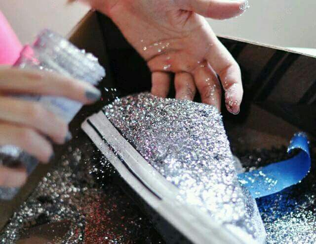 DIY Glitter Tennis Shoes :  White Canvas Shoes Modge Podge Painters tape and GLITTER!!