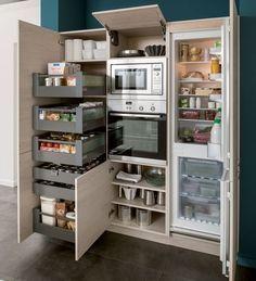 Idées cuisine: des colonnes de garde-manger + frigo + four --> Schmidt