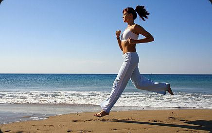 http://www.healthlongevity.co.uk/wp-content/uploads/Beach-Running.jpg
