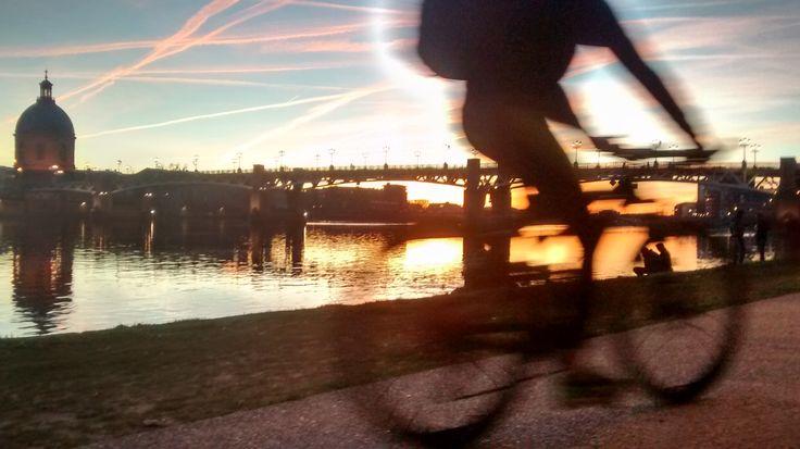 La Garonne à la tombée du jour, Toulouse Atardecer en la Garonne, Toulouse