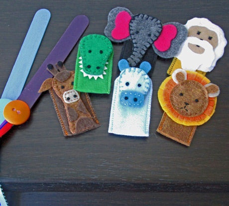 """Animal Finger Puppet Frenzy"" Quiet Book Set 