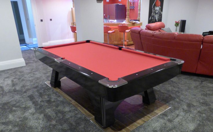 8' American Professional Pool Table, with a red Strachan Superpro cloth. A Black gloss table, Nickle pocket surroundings and body option #2 Found on www.Luxury-Pool-Tables.co.uk & www.Luxury-Games-Tables.co.uk