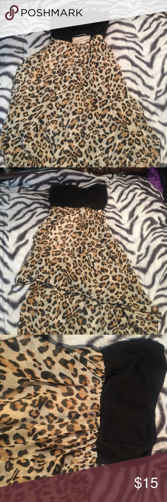 Leopard print maxi dress Very flowy, casual maxi dress Body Central Dresses Maxi