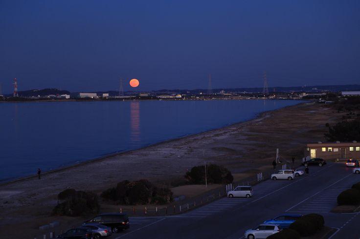 明治百年記念展望台からの昇月  富津岬
